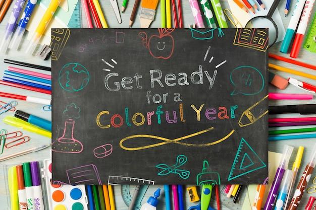 Bovenaanzicht schoolbord voor school begin evenement