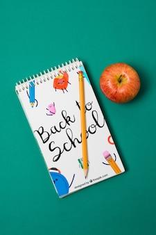 Bovenaanzicht terug naar schoolnotitieboekje