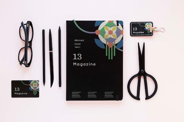 Bovenaanzicht tijdschrift met mock-up concept