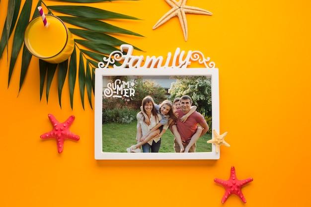 Bovenaanzicht vakantie familie frame concept