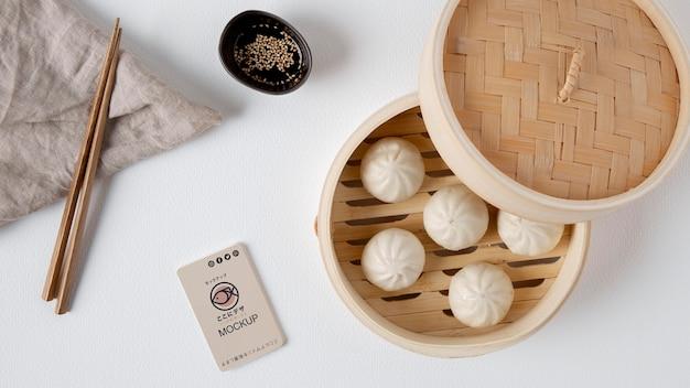 Bovenaanzicht van aziatisch eten concept mock-up