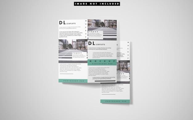 Bovenaanzicht van drie tweevoudige brochure mockup