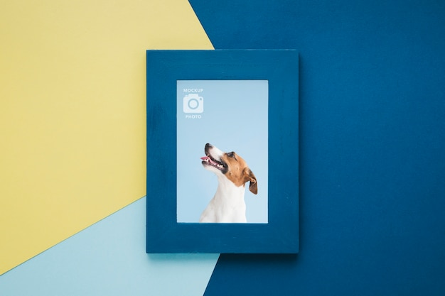 Bovenaanzicht van eenvoudige frame voor foto's