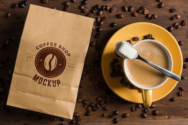 Bovenaanzicht van koffie concept mock-up