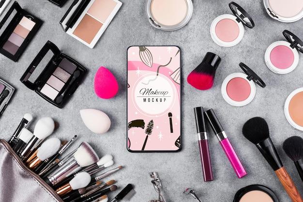 Bovenaanzicht van make-up mock-up concept