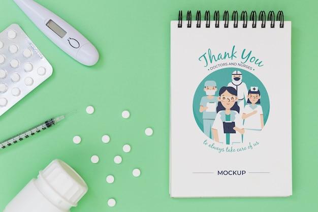 Bovenaanzicht van medisch concept mock-up
