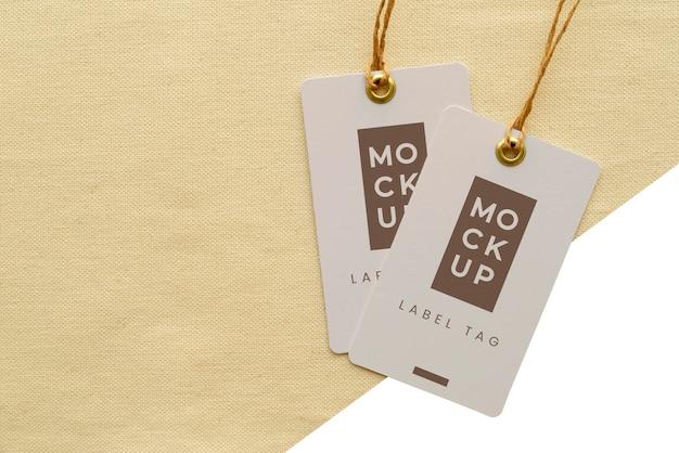Bovenaanzicht van mock-up voor papieren labels