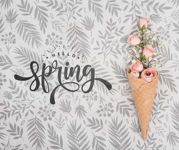 Bovenaanzicht van roze lente rozen in ijsje