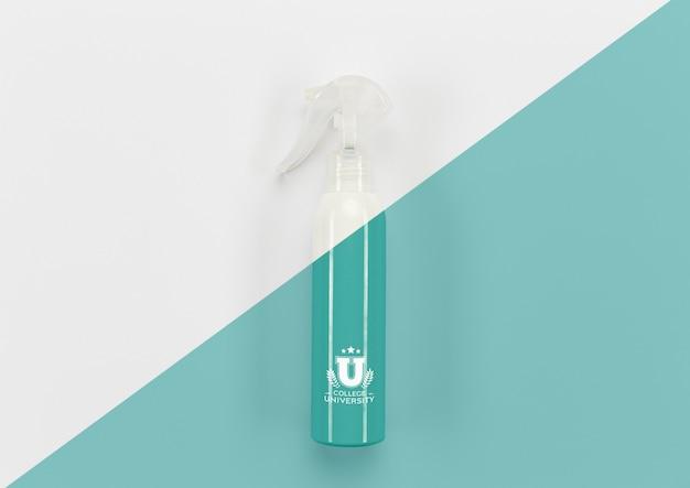 Bovenaanzicht van terug naar school desinfecterende fles