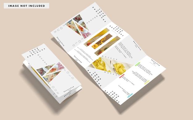 Bovenaanzicht van verschillende brochures mockup