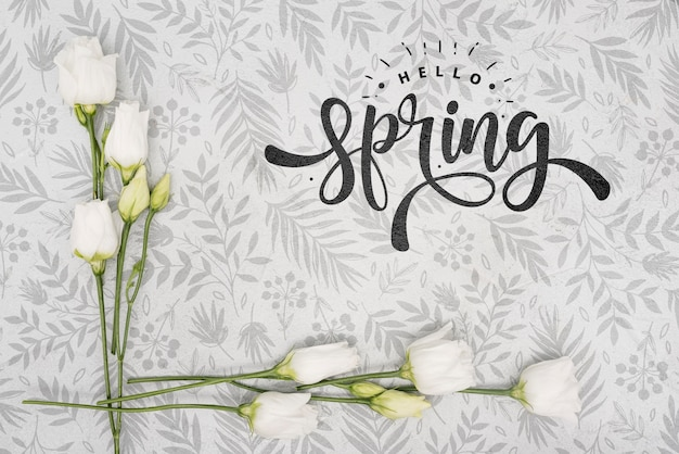 Bovenaanzicht van witte lente rozen