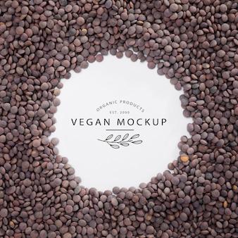 Bovenaanzicht veganistisch mock-up met linzen