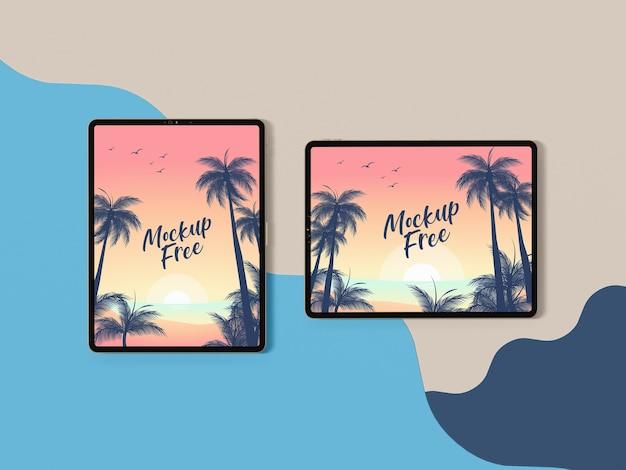 Bovenaanzicht zomer concept met tabletten