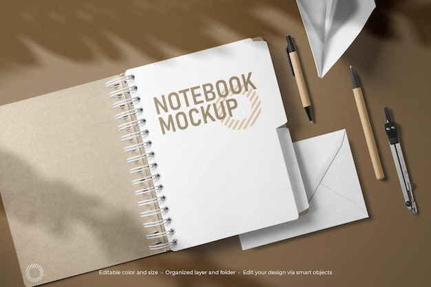 Branding briefpapier notebook en envelop mockup