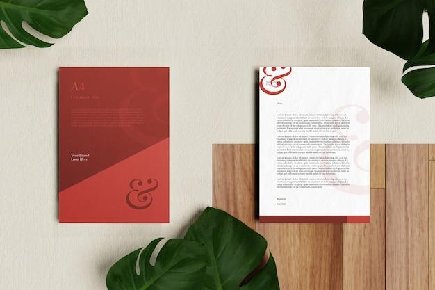 Briefhoofd a4-document en briefpapiermodel