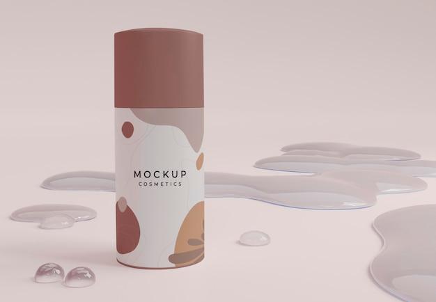 Burbujas y botella cosmética
