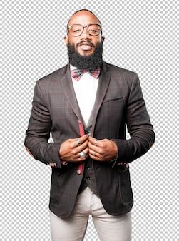 Bussines zwarte man zijn shirt aan te passen
