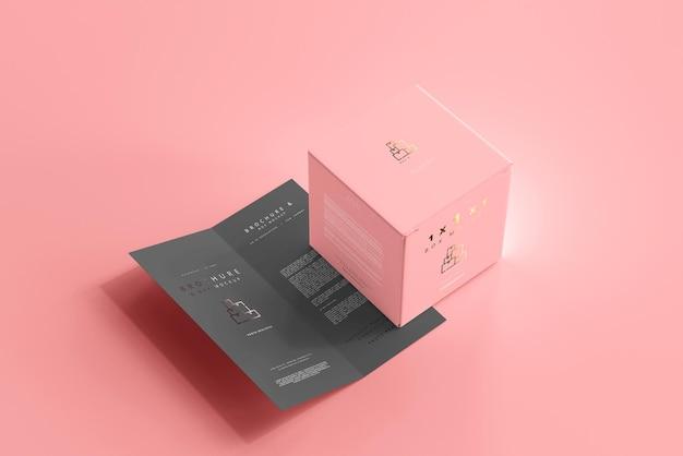 Caja con maqueta de folleto plegable