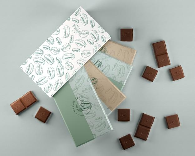 Caja y papel de regalo para diseño de chocolate.
