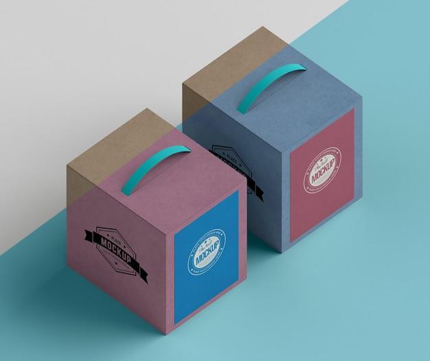 Cajas de cartón de diseño isométrico