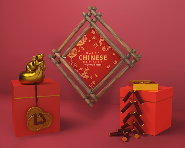 Cajas de regalo y marco de madera para año nuevo.