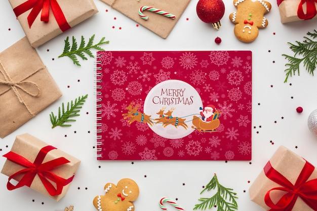 Cajas de regalo con pan de jengibre para navidad festiva