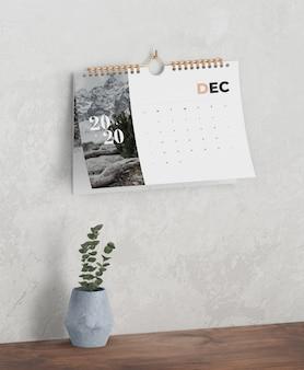 Calendario anual en enlace de libro espiral