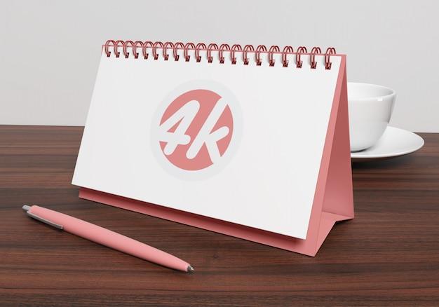 Calendario de escritorio horizontal maqueta