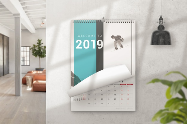 Calendario murale con mockup di pagina arricciata