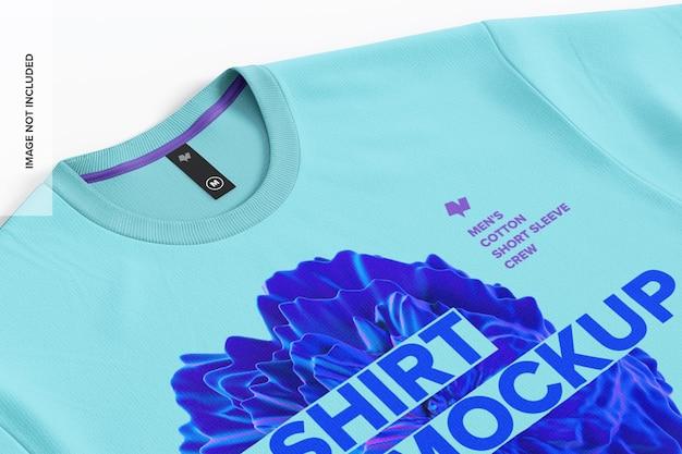 Camiseta de algodón para hombre con primer plano de maqueta de etiqueta 02