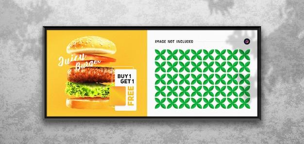 Cartel de carretera y maqueta de valla publicitaria
