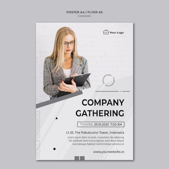 Cartel de plantilla de diseño corporativo