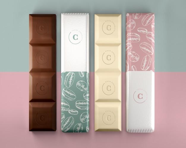 Chocoladerepen in mock-up van papieren verpakkingen