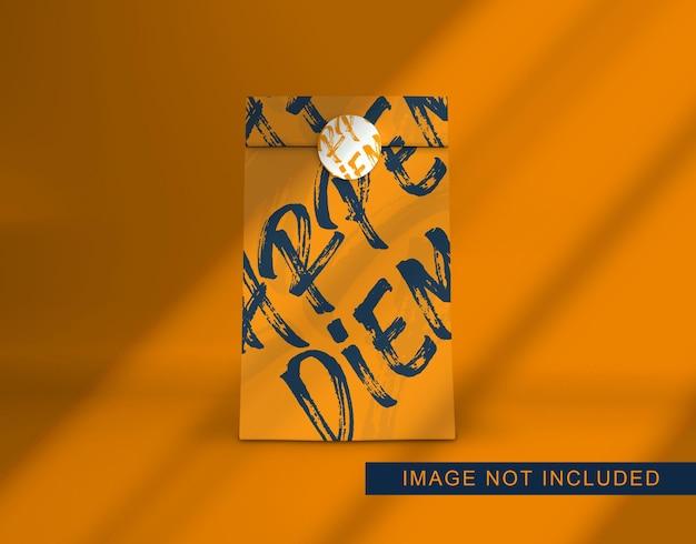 Cierre en diseño de maqueta de bolsa de papel