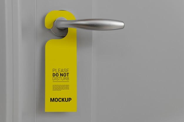 Cierre en maqueta de colgador de puerta