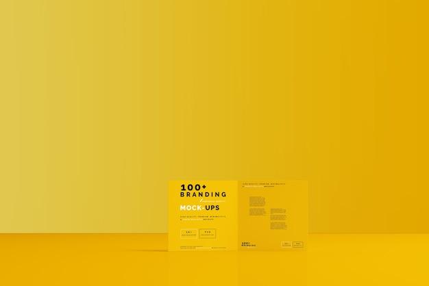 Close-up op verpakking van bi fold square brochure mockup