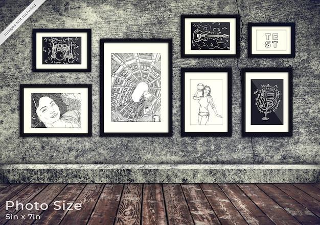 Colección de marcos de cuadros en una habitación de grunge 3d