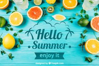 Composição de verão com frutas e copyspace