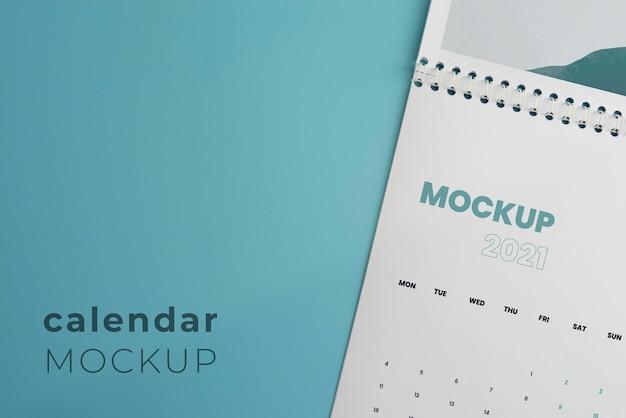Composición de calendario de maqueta minimalista