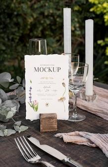 Composición de elegantes tarjetas de boda.