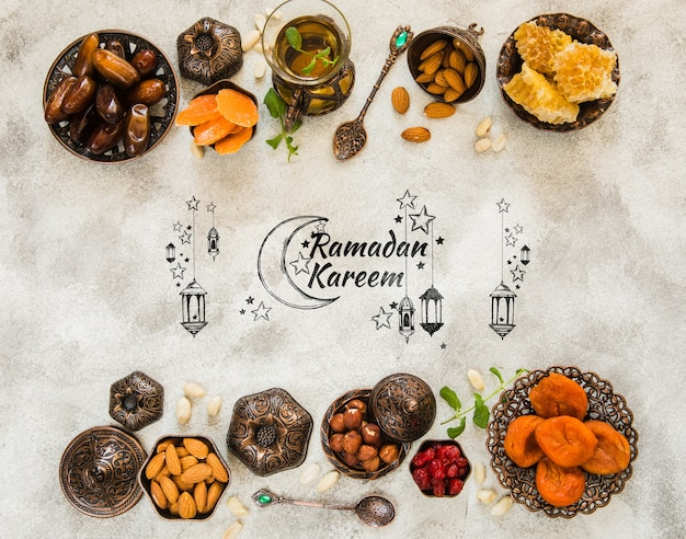 Composición flat lay de ramadán con copyspace