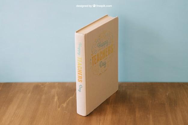 Composición de vuelta al cole con libro