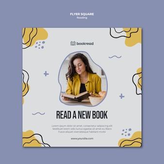 Concept vierkante flyer sjabloon lezen