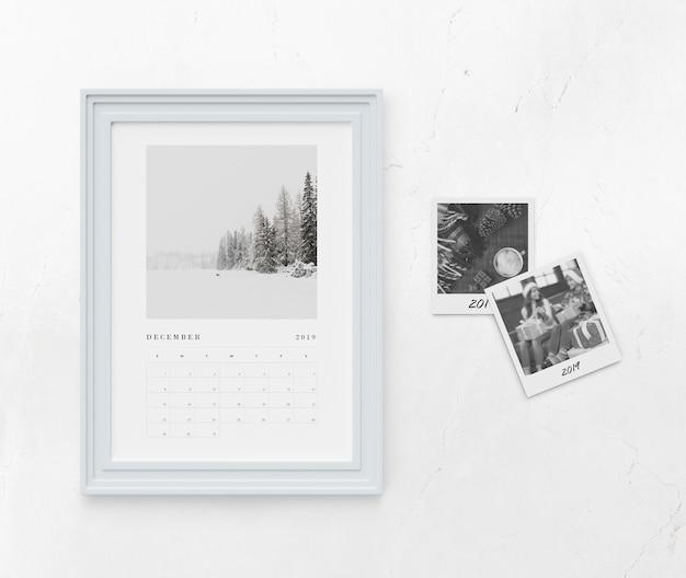 Concepto de calendario en marco de pintura