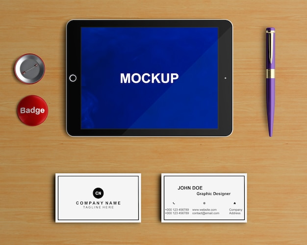 Concepto stationery con mockup de tablet