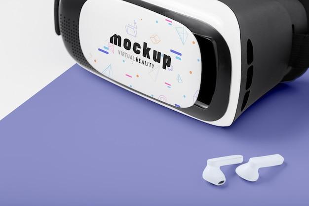 Concepto de tecnología con maqueta de gafas vr