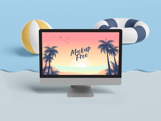 Concepto de verano con computadora y mar