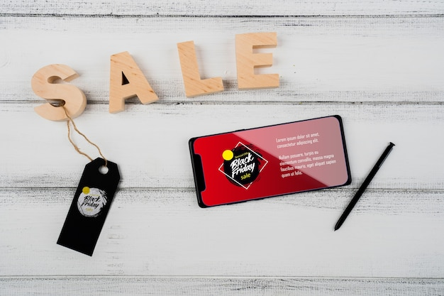 Concetto di black friday con smartphone mock-up