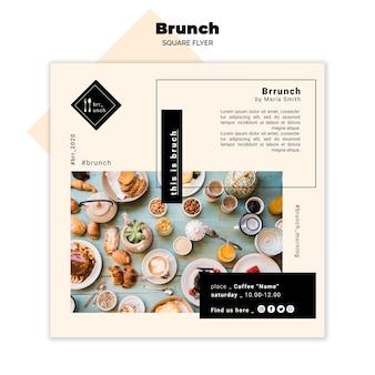 Concetto di volantino quadrato gustoso brunch