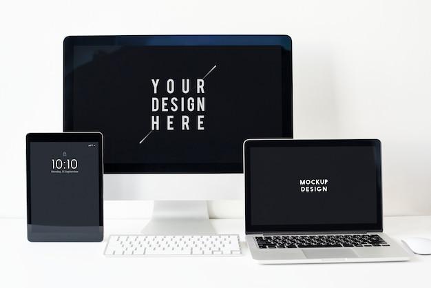 Conjunto de maqueta de pantalla de dispositivos digitales.